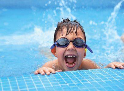 Có loại kính bơi cận dành cho trẻ em không?