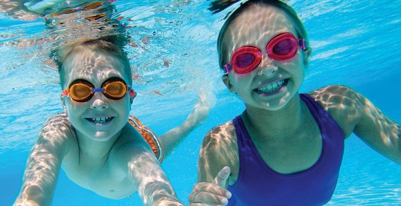 Kính bơi cận trẻ em - Giải pháp xóa tan rào cản thị lực kém